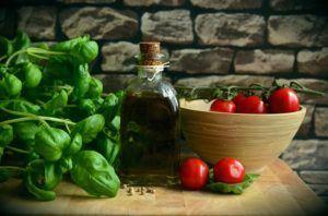 Sunde friske grøntsager og urter
